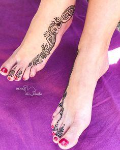 Henna By Jorietha, best henna designs,  beautiful Henna hands Mehndi Arm Professional Henna Artist beautiful modern intricate henna design on arm. Bridal henna, birthday henna, matric farewell, fashion ideas. Natural henna paste. Floral henna. Henna vines. Mehndi body. Henna tattoo inspiration. Girly henna. Moroccan henna. Party henna. Henna strip. Boho Henna. Henna foot mehndi feet lady feet, women with henna, traditional, fashionable. Special event accessoires, tattoos, body art Henna Hands, Foot Henna, Hand Mehndi, Modern Henna Designs, Mehndi Designs, Moroccan Henna, Feet Gallery, Henna Party, Natural Henna