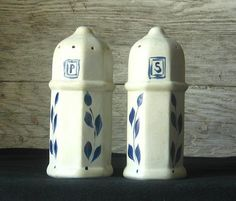 Vintage Hand-Carved Cobalt Salt Glaze Williamsburg Pottery Salt and Pepper set