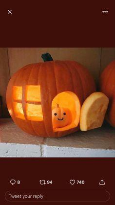 Mini Pumpkins, Family Activities, Pumpkin Carving, Vegetables, Halloween, Food, Essen, Pumpkin Carvings, Vegetable Recipes