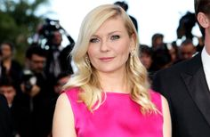 When it was reported this morning that Kirsten Dunst — the star of one of my all-time favorite films, Dick — had been named the first-ever spokesperson for L'Oreal Professionnel, I'll admit, I was initially perplexed. But then… Continue reading »  Follow... - http://accessories.thatarerightforme.com/accessories/what-makes-kirsten-dunst-loreals-most-perfect-spokesgirl-yet