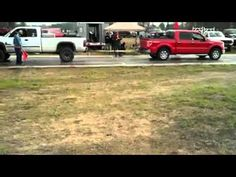 Dodge 2500 vs F150 5.0 - YouTube
