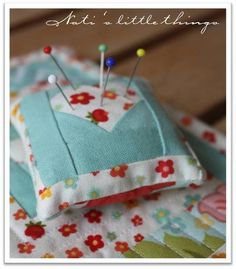 In love paper Pieced Pincushion Free Sewing Pattern