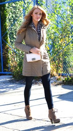 Blake Lively autumn-style-out-in-new-york-city-october-