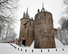 Castle Coch, winter white-out by welshio, via Flickr