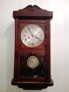Antico-orologio-a-pendolo-da-parete-degli-anni-40-039