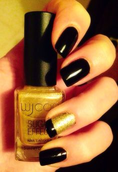 Unghie black and gold sugar effect