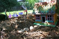 Pink and Green Mama: * Is There A Fairy In the House ? Kids Garden Fairy House