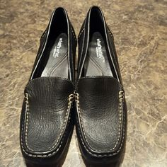 Shoes New- leather Black with cream stitching slip on heels AEROSOLES Shoes Heels