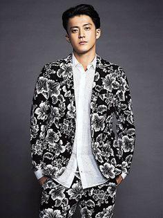 how does one look so good in a flower tux Actors Male, Asian Actors, Male Celebrities, Hiro Mizushima, Jun Matsumoto, Shun Oguri, Crows Zero, J Star, Tokyo Night