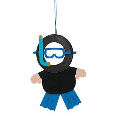 Paper Plate Scuba Diver Photo Frame Craft Kit - OrientalTrading.com