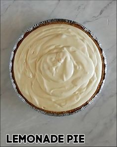 Delicious no bake dessert! This simple recipe has only four ingredients and takes only five minutes to make! Cool off during the hot summer weather with this easy no bake lemonade pie. No Bake Lemon Pie, Easy Lemon Pie, Lemon Pie Recipe, Lemon Recipes, Pie Recipes, Dessert Recipes, Easy No Bake Desserts, Lemon Desserts, Summer Desserts