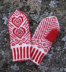 Babyvotter by Lilia Mankki - free knitting pattern on ravelry