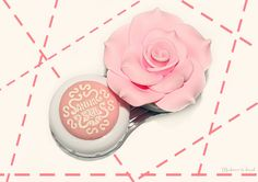 Rose Shaped Contact Lenses Case