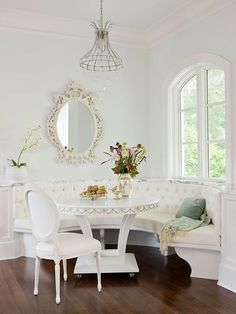 13 breakfast nooks that would make anyone a morning person