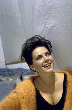 "Natalie Wood - Don Henley wrote the song ""Dirty Laundry"" to express his outrage at the tabloid press for their treatment of her after her death.(November 29, 1981 (aged 43)"