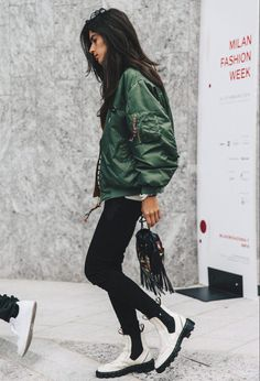nice Женская куртка бомбер (50 фото) — С чем носить? Стильные идеи