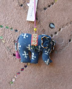Elephant Strings - Made by Guddi from Lal10.com