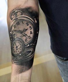 Smooth work by @martinsjoooberg #Inked #inkedmag #freshlyinked #inkedshop #inkedgirls #tattoo #clock #watch