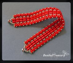 Beaded bracelet pattern with Superduo and Rulla par BeadedTreasury