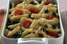 Garlic mushroom pasta bake - 150 family dinners under 500 calories 500 Calorie Dinners, Dinners Under 500 Calories, Low Calorie Recipes, Diet Recipes, Vegetarian Recipes, Cooking Recipes, Healthy Recipes, Diet Meals, Healthy Meals