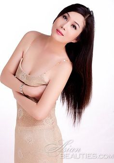 Gorgeous women only: Chunrong from Wuhan, woman in China