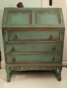 antibes green chalk paint decorative paint by annie sloan over greek blue with heavy crackle. Black Bedroom Furniture Sets. Home Design Ideas