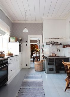 Sweden House, House Yard, Interior Decorating, Interior Design, Beautiful Kitchens, Country Kitchen, Interior Inspiration, Home Kitchens, Interior Architecture