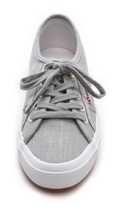 Love these super comfy Superga sneakers http://rstyle.me/n/hn2prnyg6