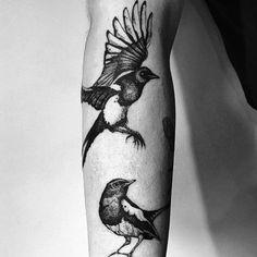 Bird Tattoo Sleeves, Bird Tattoo Men, Sick Tattoo, Sleeve Tattoos For Women, Tattoos For Guys, Magpie Tattoo, Crow Tattoo Design, Tattoo Designs Men, White Bird Tattoos