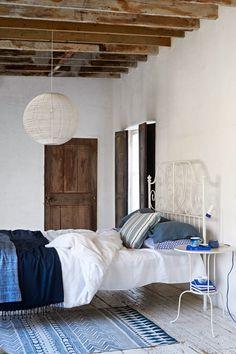 Dormitorio casa decorada en azul  | DEF Deco - Decorar en familia