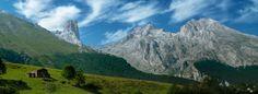 Panoramic, Pico Urriello, Naranjo de Bulnes, Neverón del Urriello, Picos Albos, Picos de Europa, Asturias