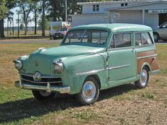 A Late Arrival and one of the last to be produced after the motor design changes which ultimately brought the company to it's knees, a 1951 Crosley Wagon.