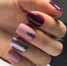 Want some ideas for wedding nail polish designs? This article is a collection of our favorite nail polish designs for your special day. Long Gel Nails, Gel Nails At Home, Nails Short, Nail Polish Designs, Nail Art Designs, Nails Design, Pretty Short Nails, Long Square Nails, Wedding Nail Polish