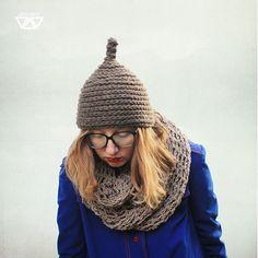 diEnes / anténa- unique crochet chunky hat