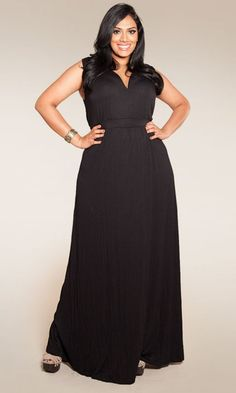 The plus size Bonnie Maxi Dress. Simple. Flattering. Breathable for summer... and super soft! at lucyclothing.ca #plussize #dresses