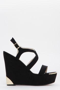 Sandalias con cuña y placa metálica negro de Exe - 76.90€ | EAT