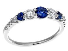 Check out this jaw-dropping GREGG RUTH Classic Color Collection Sapphire & White Diamond Ring!!