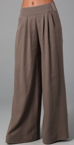 Wide Leg Trouser Pants with Side Closure Buttons (Nanette Lepore) Skirt Pants, Trouser Pants, Wide Leg Trousers, Shorts, Fashion Pants, Love Fashion, Fashion Design, Beautiful Outfits, Cute Outfits