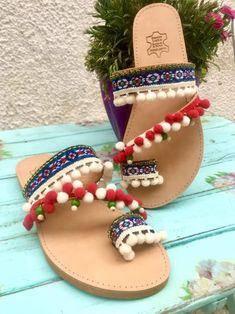 Boho Chic Δερμάτινα Σανδαλια | | Tria-Aegina Palm Beach Sandals, Leather Sandals, Boho Chic, Arts And Crafts, Handmade, Beautiful, Hand Made, Art And Craft, Art Crafts