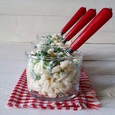 sebzeli makarna salatası! via neo mutfak   daha fazlası için : www.instagram.com/yemek101