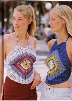 Back view fir granny square top Cardigan Au Crochet, Top Crop Tejido En Crochet, Crochet Cardigan, Knit Crochet, Crochet Gratis, Crochet Chart, Beau Crochet, Patron Crochet, Mode Crochet