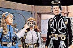 "Nanette Newman, Luciana Paluzzi & Robert Ryan in ""Captain Nemo and the Underwater City"" (1969)"