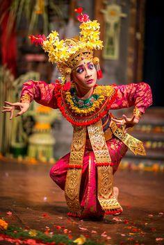 Legong Dance by Jan Rudinsky on 500px - Nearby Ubud, Bali ~ Indonesia