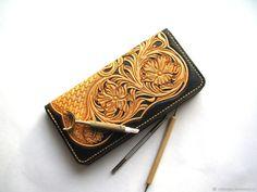 Купить Золото на черном Кошелек портмоне женский гравировка Шеридан в интернет магазине на Ярмарке Мастеров