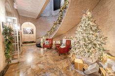 Tour this year's @HolidayHouseNY care of @TraditionalHome on @quintessenceblg http://shout.lt/MtzP #HHNYC2014