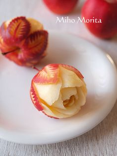 baby apple - pair granny smith with blue cheese for an aperitif