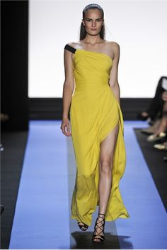 Monique Lhuillier Spring Summer 2012 Ready-To-Wear collection