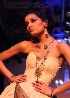 Zoya by Tanishq #Jewellery #indian