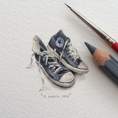 "Lorraine Loots, an expert at creating tiny art ""for ants,"" is back with a new series of mind-bogglingly small (and beautiful) paintings of animals, space, and her favorite books. Lorraine, Illustration Arte, Kunst Inspo, Mini Paintings, Miniature Paintings, Converse All Star, Converse Sneakers, Beautiful Paintings, Ants"