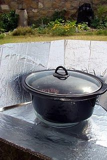 Simple Solar Cooker using black crockpot insert with lid